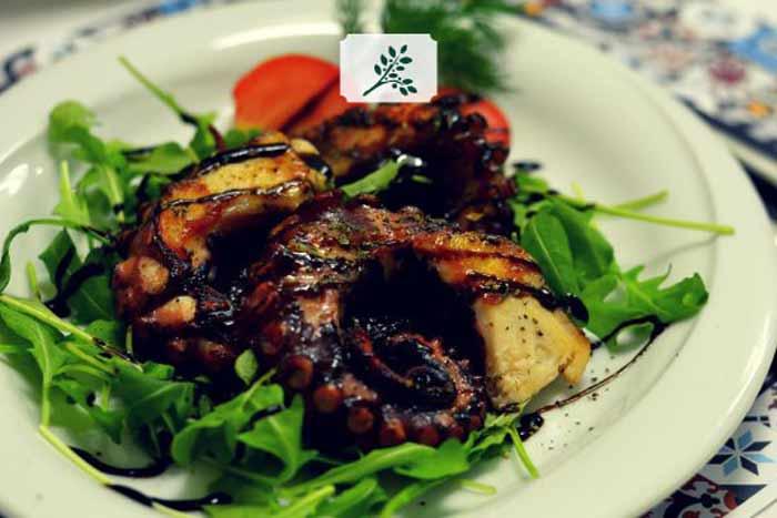 cosa mangiare in grecia chtapodhi polpo alla griglia