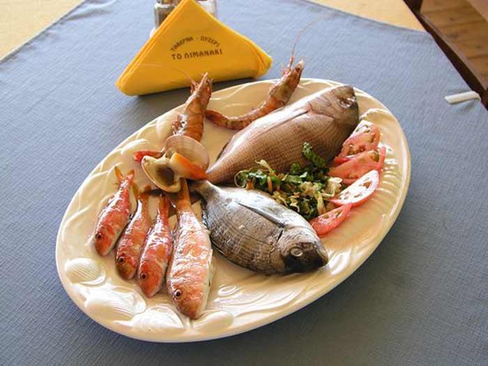 Cibo greco cosa si mangia in grecia cefalo