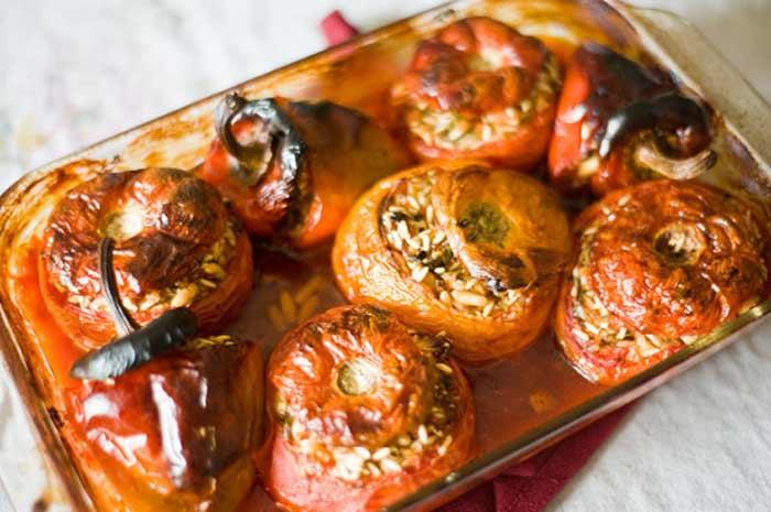Cibo greco cosa si mangia in grecia yemista vegetariano